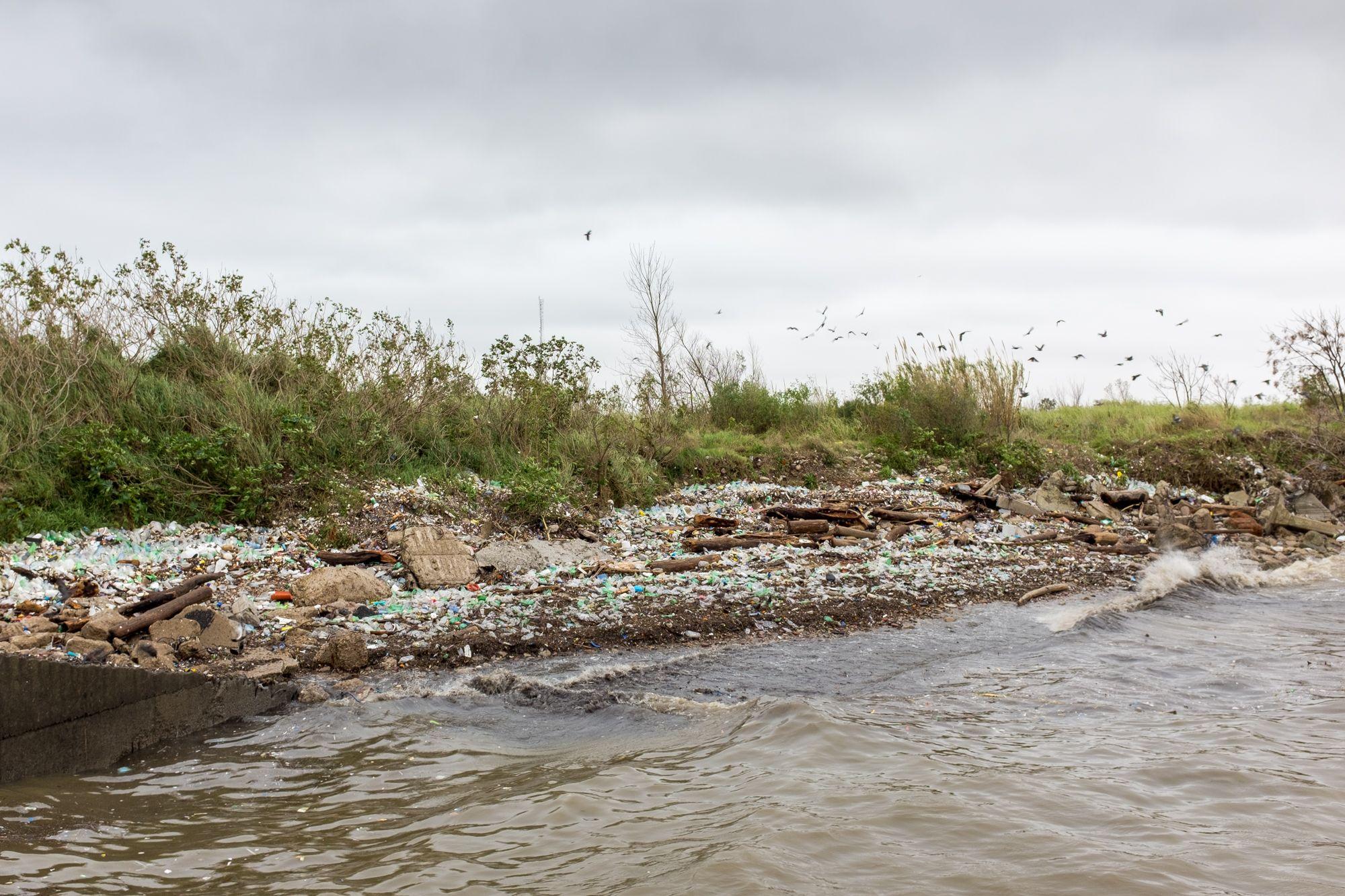 Ribera del Río de la Plata - Paseo del Viento #02