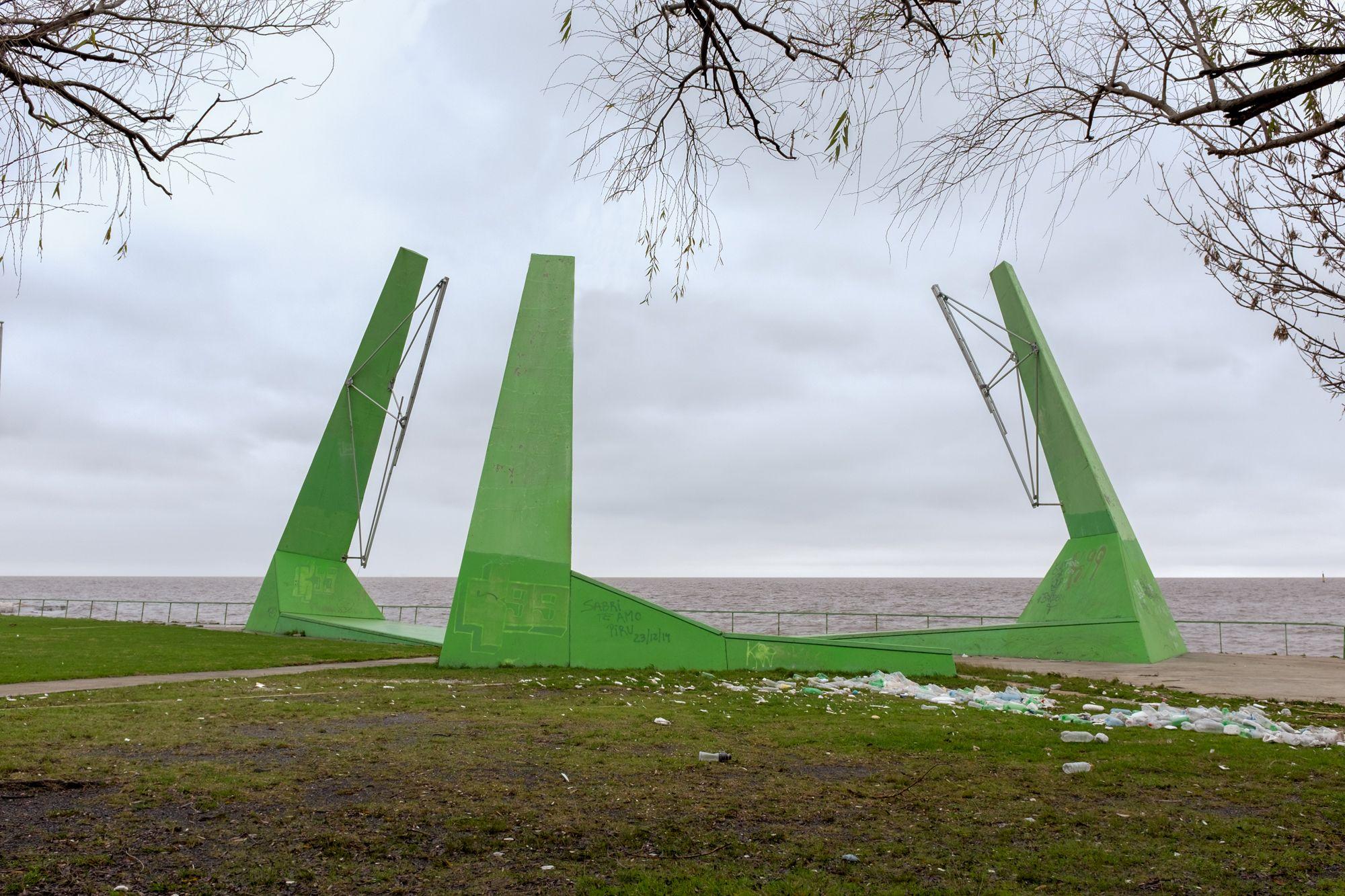 Ribera del Río de la Plata - Paseo del Viento #03